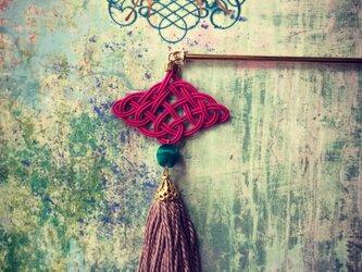 洋服にも合う、chinese knotの簪。の画像