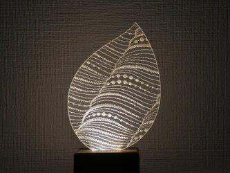 Leaf 【電球色】 ~シルクオーガンジーとアクリルのライト~の画像