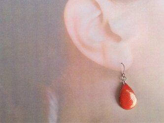 M様専用 赤色滴型金彩七宝耳飾の画像