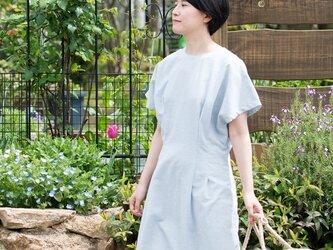 Organic Cotton フレンチスリーブWタックワンピース【ヘリンボーン生地/水色】の画像