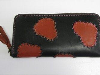 手縫い 牛革雲模様のラウンドファスナー財布の画像