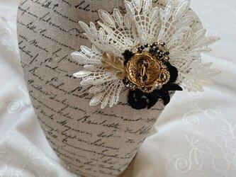 *lace brooch*   ~スワロフスキーとレースのブローチ~の画像