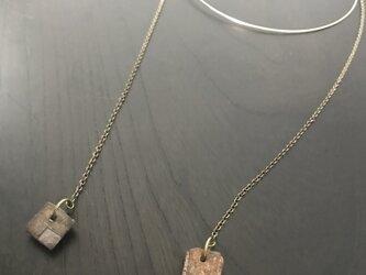 焼締「square」ワイヤーネックレスの画像
