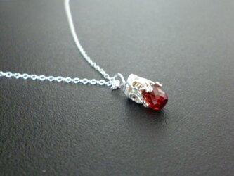 銀細工のネックレス - ガーネット -の画像