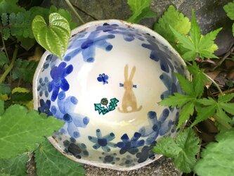 森のうさぎの小鉢の画像