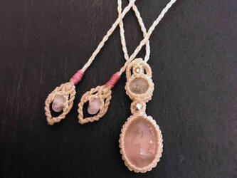 594-ローズクォーツと水晶のネックレスの画像