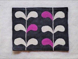 カフェマット濃紺 ツタの葉の画像