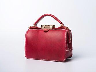 ダレスタイプ 小型 がま口 本革手作りのレザーショルダーバッグ 手染め / 総手縫い 手持ち 肩掛け 2WAY 鞄の画像