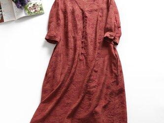 f8050803 イギリス製シルクと麻の生地 気心地最高 上品感あふれ 大人の7分袖ワンピースの画像
