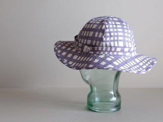 アジサイ リネン チェック 雨の季節【 紫陽花 ブルー 】 / リボンと遊ぶ帽子<受注制作>の画像