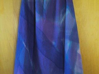 手描き染め*日本製 麻100%スカート『藤紫と群青色の重なり』の画像