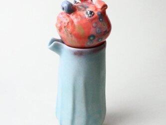 ピンクの犬のポット/ 青磁 /ティーポット /色絵磁器 / 陶芸家/ceramic art / teapotの画像