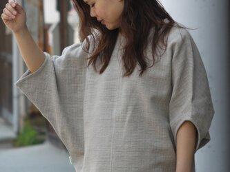 ドルマンスリーブ・コットンヘンプのプルオーバーシャツの画像