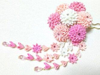 【送料無料】つまみ細工の簪(かんざし)下がり付き【ピンク・白】の画像