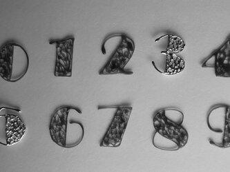 ラッキーナンバーのブローチ  SV925の画像