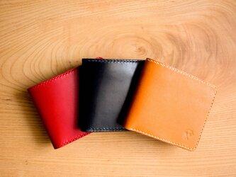 ナチュラルレザーの二つ折り財布【刻印可】の画像