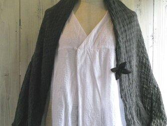 墨染めリネンガーゼ3way羽織ショールの画像