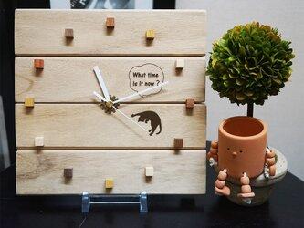 今ニャン時?猫の時計・木製【ナチュラルカントリー・アンティーク調】の画像