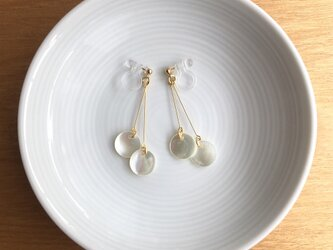 shell earring/pierce【white】の画像