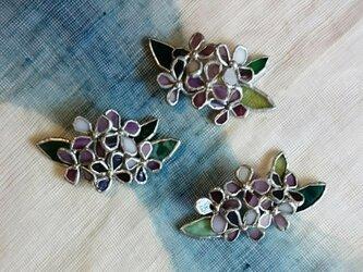 紫陽花のアクセサリーの画像