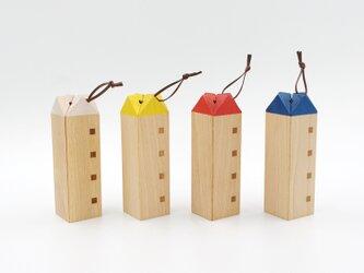 【木製 鍋敷き】なべしきハウス(カラーバージョン)の画像
