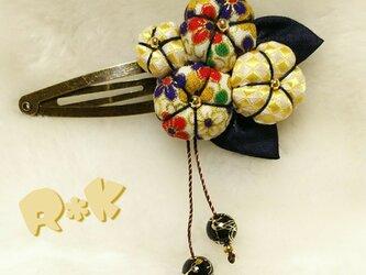 和とネクタイリメイクの花のヘアピンの画像