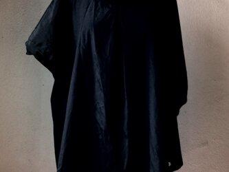 シルク混アシンメトリーブラウスの画像