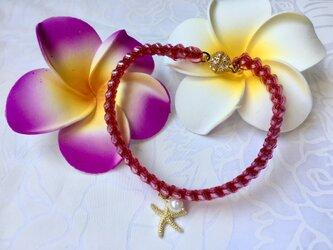 ハワイアンリボンレイ【シェル(貝)チャームのブレスレット(ピンク)ゴールドヒトデ】完成品の画像