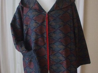 紬2種を使ったフード付き半コート 絹の画像