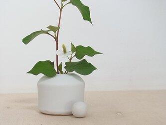 白マット花器 3の画像