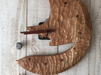 moon and drop wall clock plane treeの画像