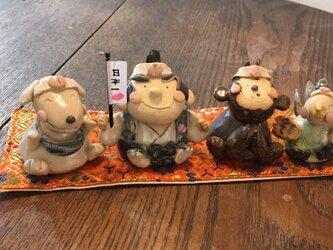 【絵本の世界】桃太郎 陶器 置物 (完成しました!)の画像