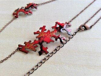 朱赤珊瑚金彩七宝耳飾の画像
