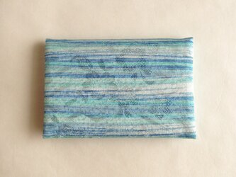 絹手染カード入れ(横・淡緑ブルーグレー/緑波)の画像