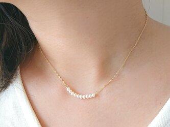 《14kgf》淡水パールの華奢ネックレスの画像