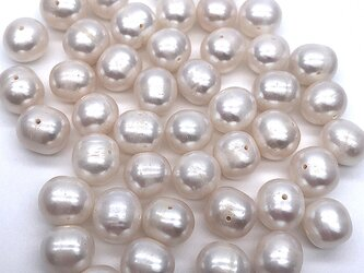 中粒 淡水パール ポテト 10粒 8mm*8~9mm 真珠 素材 パーツ ビーズ ルース 材料 傷ありの画像
