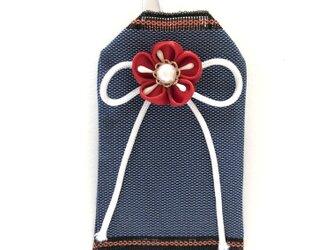 畳の「縁結び」お守り袋(赤花)の画像