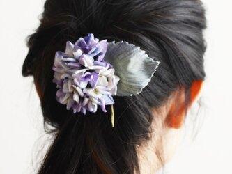 【受注制作】染の草花・紫陽花のコサージュ(M)/コーム付きの画像