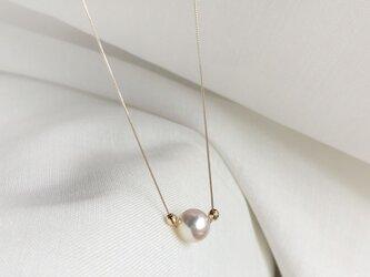 【K10YG】あこや真珠とイエローゴールドミラーボールネックレスの画像
