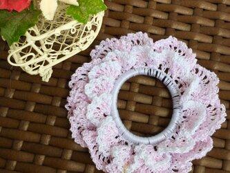 桜のレースシュシュの画像