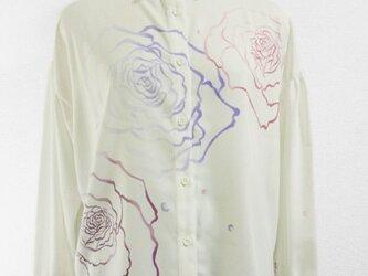 長袖シャツブラウス(薔薇の花・ホワイト)の画像