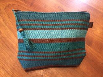 手織りのポーチ ブルーボーダーの画像
