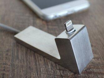 錫(すず)スタンド・レリーフ無し for iPhone の画像
