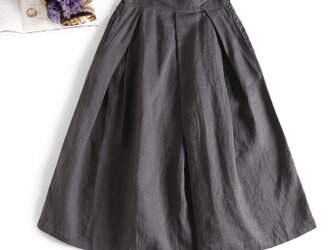 f8053113 リネン100% 日常にも通勤にも 合わせやすい リネンのスカートの画像