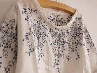 【受注製作】綿麻刺繍入り!可愛綿麻製トップス・ブラウス0980 2色の画像