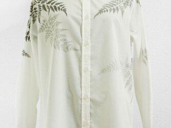 長袖ホワイトシャツ(羊歯の葉)の画像