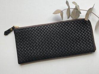 【数量限定】牛革のスリムな長財布 メッシュの型押し ブラックの画像