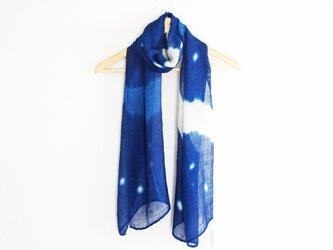藍染絞りストール*星空 (白&あさぎ)の画像