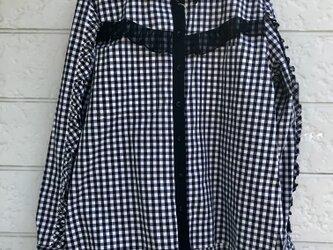 クラゲフリルシャツ-ブラック×ブラック-の画像