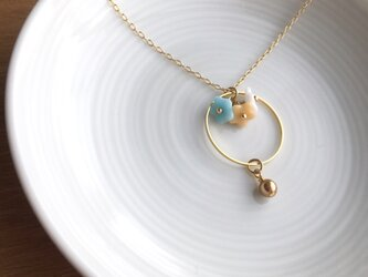 flower necklaceの画像